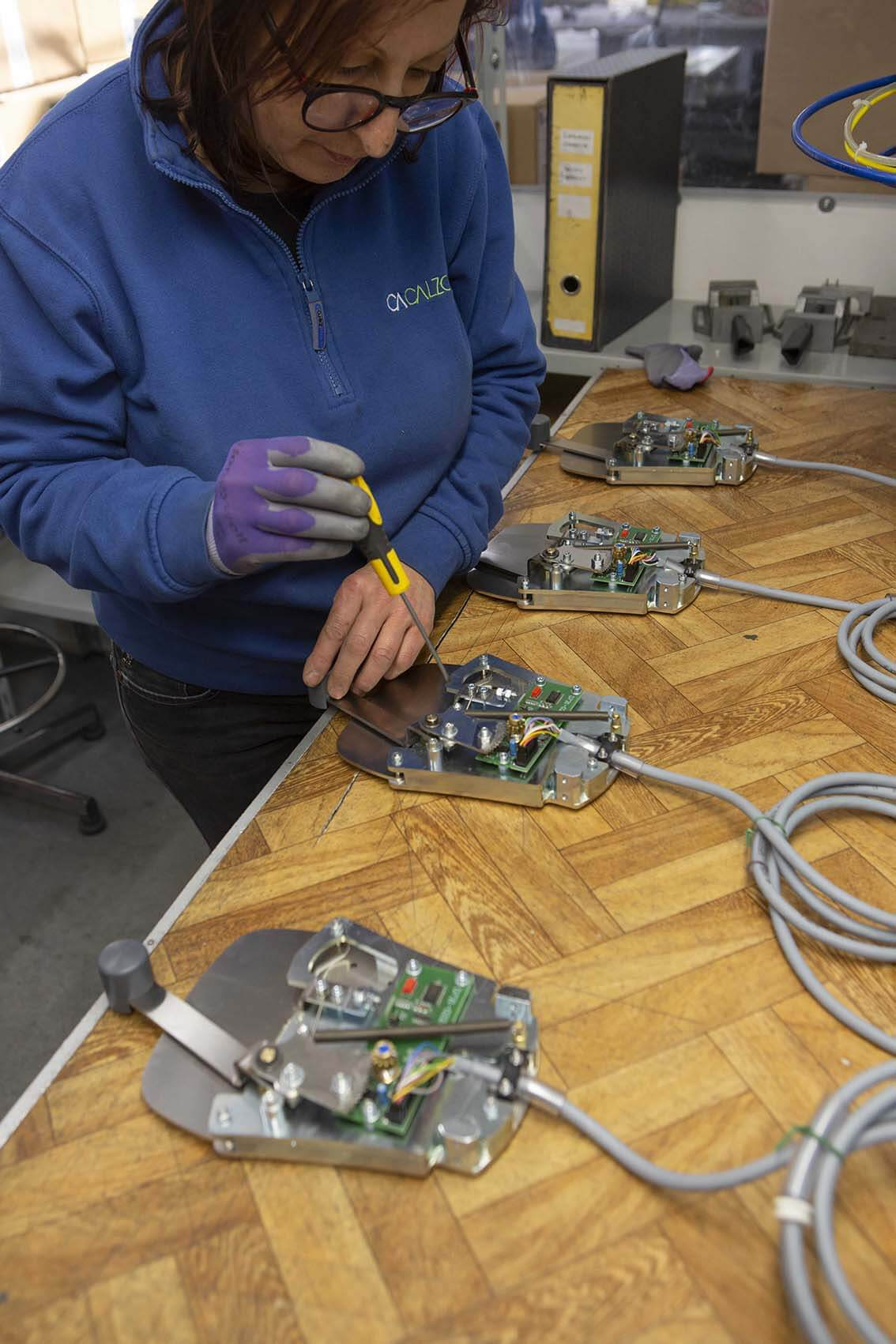 Assemblaggio elettromeccanico pedaliera