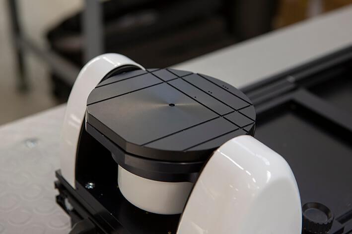 Dettaglio di macchinario da assemblare per il settore automazione.